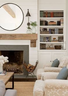 Fireplace Mantle Designs, Brick Fireplace Mantles, Fireplace Built Ins, Farmhouse Fireplace, Home Fireplace, Fireplace Remodel, Living Room With Fireplace, Fireplace Surrounds, Home Living Room