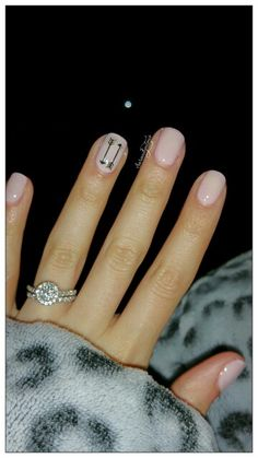 Gold arrow nude nails