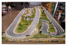 Lamme Raceway | Slot Mods Raceways Slot Car Race Track, Rc Track, Ho Slot Cars, Slot Car Racing, Slot Car Tracks, Train Tracks, Scalextric Track, Carrera Slot Cars, Car Table