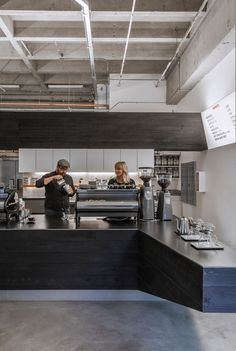 A Collection of The Very Best Among Small Coffee Shop Design Cafe Bar, Cafe Shop, Cafe Restaurant, Restaurant Design, Small Coffee Shop, Coffee Store, Coffee Shop Design, Coffee Cafe, Design Café