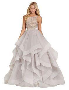 10 Wedding Dresses We Love For Under $1,000|BRIDES