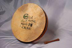 Music of Ireland - The bodhran, a traditional Irish drum. Celtic Symbols, Celtic Art, Irish Musical Instruments, Irish Drum, Frame Drum, Irish Roots, Irish Celtic, Irish Traditions, Luck Of The Irish