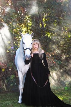 "crystallineknowledge: """"Gorgeous picture taken during the photo session for the cover of 'In Your Dreams' in 2011. "" Photo credit: Joanne Asman (The horse's owner.) 