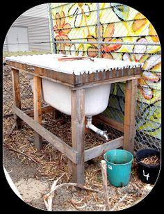 Beatnik Flair - Worm Farm in a bathtub