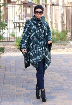 DIY Belted Poncho & Removable Neck Warmer + Pattern Review - Mimi G Style McCalls M6209