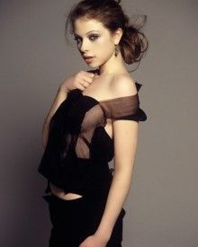 "Michelle Trachtenberg Is Attractive (10 of 10) | Michelle Trachtenberg most recently starred alongside former ""Buffy the Vampire Slayer"" co-star Eliza Dushku in ""The Scribbler."" The film also starred hotties Katie Cassidy and Sasha Grey. Now that's a winning combo of babes if we ever heard of one."