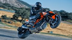 2014 KTM 1290 Super Duke R wallpapers
