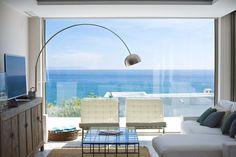 Amazing architecture and interiors by Laura Garna Studio. Photos: Lugermad. Playa de los Alemanes, Spain
