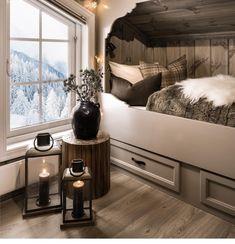 Bedroom Green, Cozy Bedroom, Bedroom Decor, Dream Home Design, Home Interior Design, City Apartment Decor, Cottage Living, Scandinavian Home, Home Decor