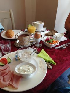 """See 3 photos and 1 tip from 34 visitors to Lille Hus. """"Get your breakfast here! Breakfast Ideas, Four Square, Table Settings, Table Top Decorations, Place Settings, Dinner Table Settings, Desk Layout"""