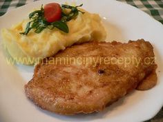 Singapurské plátky Czech Recipes, Ethnic Recipes, Baked Potato, Chicken Recipes, Food And Drink, Meat, Baking, Ground Chicken Recipes, Bread Making