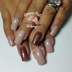 Acrilico nude #3 de la coleccion #kimerasnails  de venta en 1/2 oz Diseño de salón     #kimerasnails #nails #uñas #acrylicnails #nude #sculturenails #prettynails #naturalnails #glitter #acrilicodecolor #naildesign #silk #AcrilicosAtacantes #ManoAlzada #3d #3dnails #YoSoyFantasyNails #laquerpro #makeup