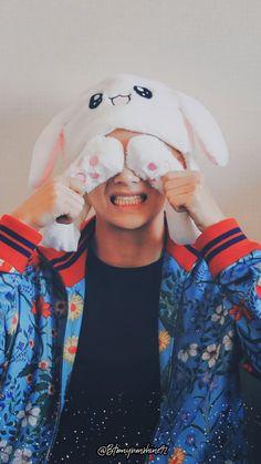 © my oppa wallpaper © 💕🐰🌿 RUN BTS! 2019 - Behind the scene Bts Taehyung, Jimin Jungkook, Bts Bangtan Boy, K Pop, Foto Bts, Daegu, V Smile, V Bts Cute, Bts Kim