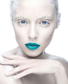 Beautiful Girl In The Image Of Albino With Blue Lips And White Eyes. Stock Image - Image of blue, ideal: 52469257 White Eyes, Pink Eyes, Love Your Hair, Great Hair, Beauty Advice, Beauty Hacks, Beauty Ideas, Blue Lipstick, Selfies