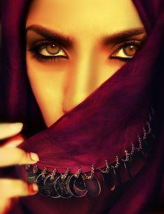 Arabian eyes, arabian nights, you are beautiful, beautiful eyes, beautiful Arabian Eyes, Arabian Beauty, Arabian Nights, Arabian Makeup, You Are Beautiful, Beautiful Eyes, Beautiful Pictures, Arabian People, Arab Women