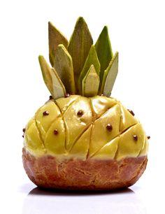 Victor ananas - Hugo & Victor © Le Goff et Gabarra French Patisserie, Sugar Rush, Choux Buns, Recipe For Success, Choux Pastry, Dessert Decoration, Dessert Ideas, Love Eat, Pina Colada