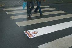 #Publicidad exterior Don Limpio deja los pasos peatonales blanquísimos #creatividad #BTL