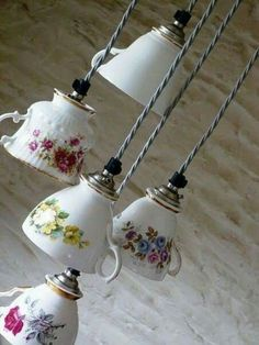 Items similar to 3 Pendant Vintage China Tea Cup Multi Light on Etsy - - Items similar to 3 Pendant Vintage China Tea Cup Multi Light on Etsy DIY Deko This is a great idea! Vintage China Tea Cup Multi Light, via Etsy. Vintage China, Vintage Teacups, French Vintage, Vintage Style, Vintage Diy, Vintage Coffee, Home Crafts, Diy And Crafts, Upcycled Crafts
