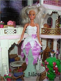 Le défilé des créations -stylistes : Barbie-fleur - Lilou Blog Crochet, Couture, Pulls, Reindeer, Creations, Sparkle, Gowns, Disney Princess, Knitting