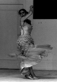 """Tanztheater Wuppertal, """"Two Cigarettes in the Dark"""", ein Stück von Pina Bausch, 1985, photo: Maarten Vanden Abeele"""