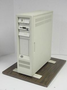 IBM Personal System/2 Model 80 (386).