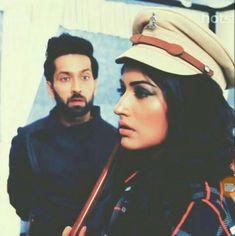 ishqbaaz shivaay and anik Beautiful Couple, Most Beautiful, Nakul Mehta, Dil Bole Oberoi, Surbhi Chandna, Tv Actors, Cute Couples, Che Guevara, Actresses