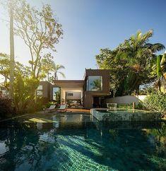 Four Houses in Baleia by Studio Arthur Casas