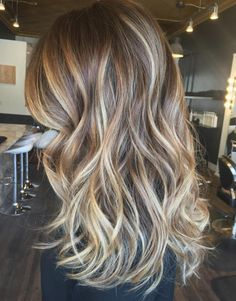 Messy Waves And Golden Blonde Balayage