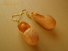 GOLDEN SHOES earrings & pendant jewelry set of silk cocoons and yellow calcite, hypoallergenic wire golden color, one-of-a-kind by LanAArt on Etsy