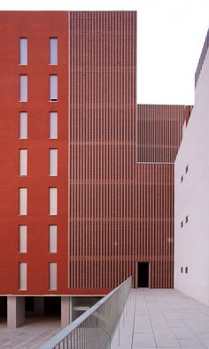 Social Housing Building | Poligono Aeropuerto  |  Enrique Ebascal Erquitectos