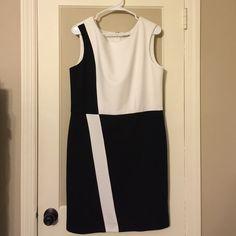 White House/Black Market Dress WHBM black and white dress. Never worn. Great Condition. White House Black Market Dresses
