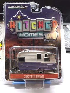 1:64 GREENLIGHT HITCHED HOMES SERIES 1 - Shasta 15' Airflyte Hitched Trailer #Greenlight #Shasta15Airflyte