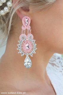 Learn how to make beautiful earrings with the soutache technique ~ lodijoella Gold Bridal Earrings, Pink Earrings, Beaded Earrings, Wedding Jewelry, Pink Jewelry, Fabric Jewelry, Jewelery, Handmade Beaded Jewelry, Earrings Handmade