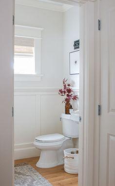 Powder Room Paint, Tiny Powder Rooms, Powder Room Decor, Powder Room Design, Home Design, Interior Design, Coastal Powder Room, Feng Shui, Toilet Room