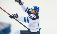 Raikulipoikana tunnettu Patrik Laine kiitteli vanhempiaan huikean MM-finaalin jälkeen.