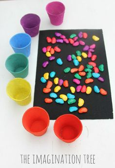 Invitation to count and sort coloured magic beans -need coloured cups and beans (or beads -buttons) Autism Activities, Counting Activities, Color Activities, Activities For Kids, Preschool Colors, Preschool Math, Fairy Tale Theme, Fairy Tales, Traditional Tales