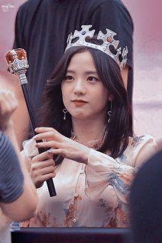 Queen Jisoo at fansign Square Up 💫💎 Blackpink Jisoo, Black Pink ジス, Chica Cool, Mode Kpop, Blackpink Members, Lisa Blackpink Wallpaper, Blackpink Photos, Blackpink Fashion, Jennie Blackpink