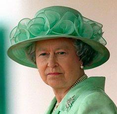 Queen Elizabeth, June 22, 1999   Royal Hats