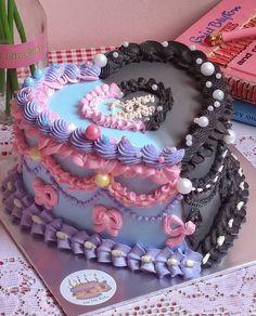 Pretty Birthday Cakes, Pretty Cakes, Beautiful Cakes, Amazing Cakes, Mini Cakes, Cupcake Cakes, Bolo Da Hello Kitty, Anime Cake, Korean Cake