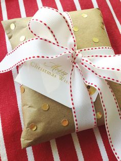 The Vault Files: DIY holiday gift wrapping ideas