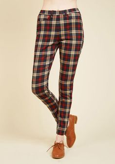 Slow and Edgy Wins the Race Pants in Red Plaid | Mod Retro  - maybe Deer & Doe's new Safran pattern?