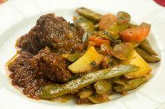 Μοσχαρακι με φασoλακια λαδερα & η τεχνικη του (Video) Spaghetti, Beef, Food, Meat, Essen, Meals, Yemek, Noodle, Eten