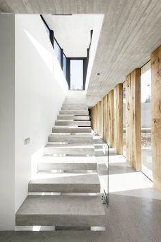 Concrete stairs Image 17 of 39 from gallery of Aguas Claras House / Ramon Coz + Benjamin Ortiz. Photograph by Sergio Pirrone Interior Stairs, Interior And Exterior, Interior Design, Design Interiors, Interior Decorating, Architecture Details, Interior Architecture, Minimalist Architecture, Futuristic Architecture