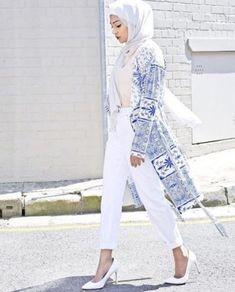 classy white cardigan hijab spring- Hijab fashion guide 2016 http://www.justtrendygirls.com/hijab-fashion-guide-2016/