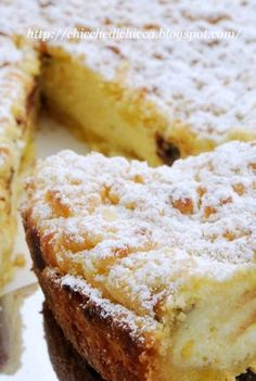crostata alla ricotta: Regular cheesecake is too heavy for me but I love Italian ricotta cheesecake. I& share my recipe soon - it& awesome! Brownie Desserts, Just Desserts, Delicious Desserts, Yummy Food, Italian Pastries, Italian Desserts, Italian Recipes, Sweet Recipes, Cake Recipes