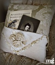 miss gracie's house: pocket full of posies. Shabby Chic, Shabby Vintage, Vintage Lace, Fabric Crafts, Sewing Crafts, Sewing Projects, Sewing Pillows, Diy Pillows, Lace Pillows