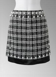 03A-PyramidStudSkirt-1-312 Chanel Outfit, Chanel Dress, Chanel Jacket, Chanel Fashion, Couture Sewing Techniques, Silk Slip, Black Silk, Skirt Fashion, Women Wear
