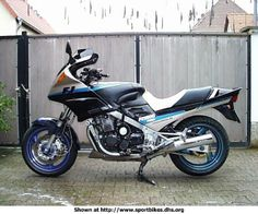 FJ 1200