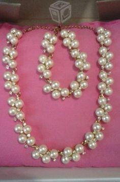 Set collar y pulsera de perlas