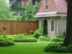 Simple and Impressive Tricks: Concrete Fence Curb Appeal horizontal fence landscaping.Easy Fence How To Build. Brick Fence, Concrete Fence, Front Yard Fence, Farm Fence, Bamboo Fence, Cedar Fence, Fence Gate, Fenced In Yard, Dog Fence